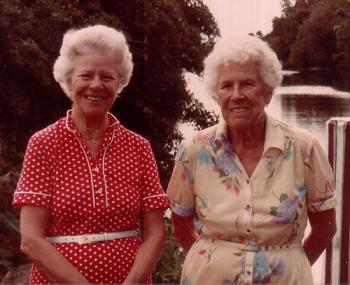 Jane and Marian at Sabal Pine